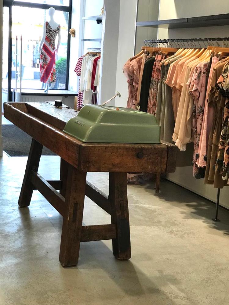 Leorato-Store-04